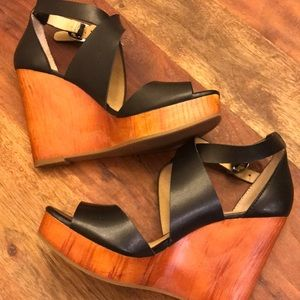 Lucky Brand Wood Strappy Wedge Black
